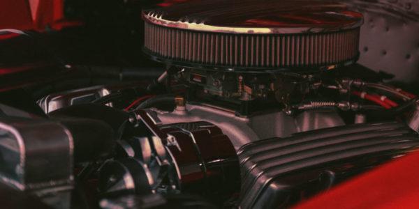 A importância de trocar o óleo do carro na data correta